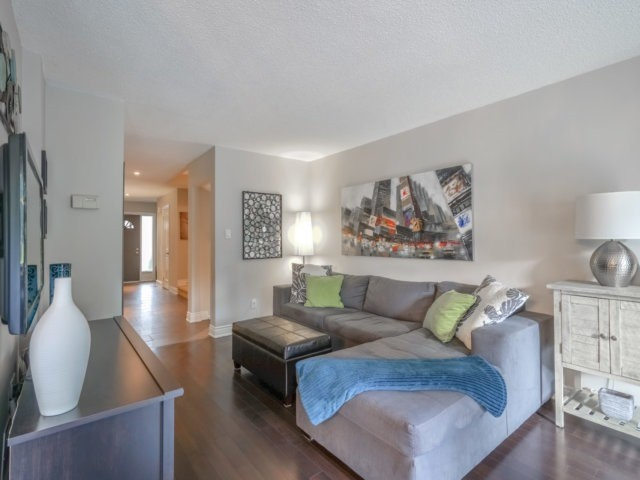 Condo Townhouse at 4165 Fieldgate Dr, Unit 56, Mississauga, Ontario. Image 17