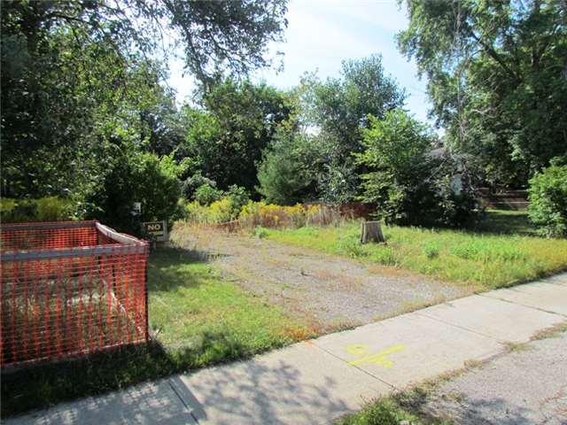 Vacant Land at 374 South Service Rd, Mississauga, Ontario. Image 2
