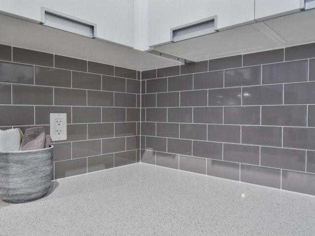 Condo Apartment at 55 Eglinton Ave, Unit 303, Mississauga, Ontario. Image 2