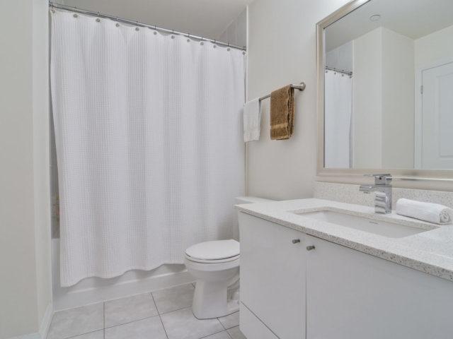 Condo Apartment at 55 Eglinton Ave, Unit 303, Mississauga, Ontario. Image 8