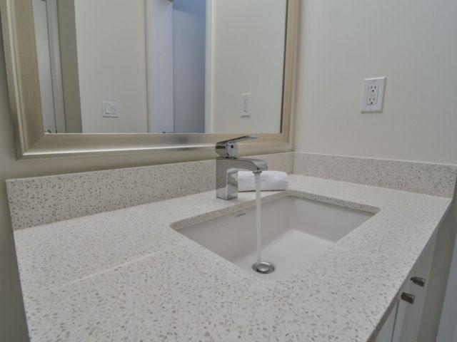 Condo Apartment at 55 Eglinton Ave, Unit 303, Mississauga, Ontario. Image 9