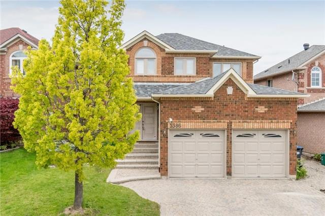 Detached at 5386 Mcfarren Blvd, Mississauga, Ontario. Image 1