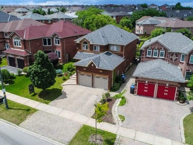 Detached at 5386 Mcfarren Blvd, Mississauga, Ontario. Image 12
