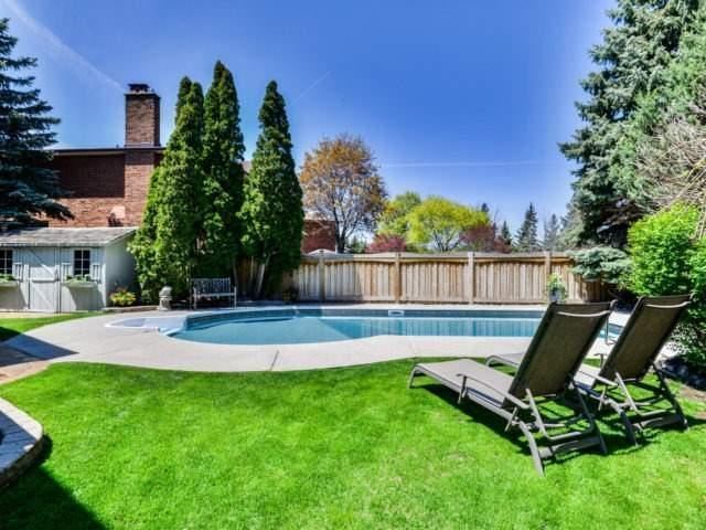 Detached at 4111 Tapestry Tr, Mississauga, Ontario. Image 9