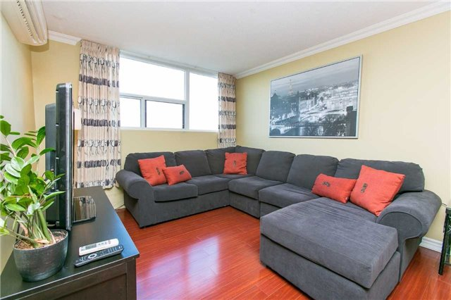 Condo Apartment at 2900 Battleford Rd, Unit 803, Mississauga, Ontario. Image 18