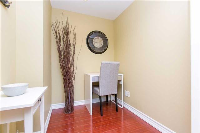 Condo Apartment at 2900 Battleford Rd, Unit 803, Mississauga, Ontario. Image 2