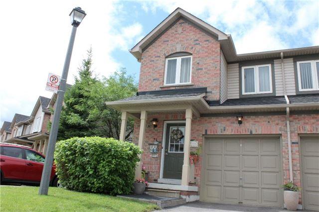 Condo Townhouse at 4600 Kimbermount Ave, Unit 74, Mississauga, Ontario. Image 1