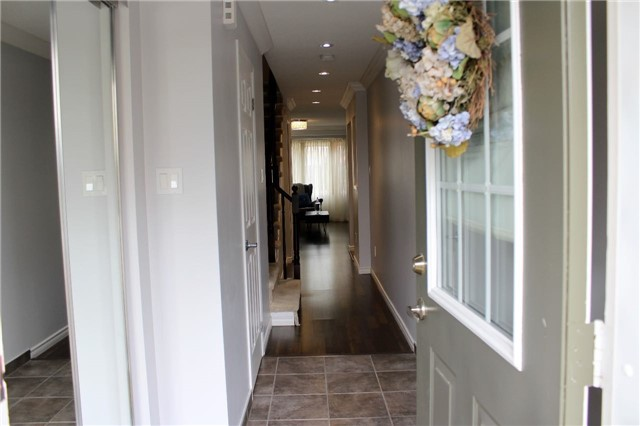 Condo Townhouse at 4600 Kimbermount Ave, Unit 74, Mississauga, Ontario. Image 14