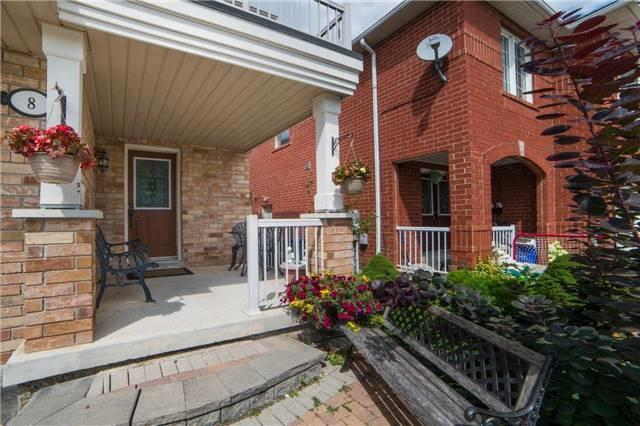 Semi-detached at 8 Capistro St, Brampton, Ontario. Image 10