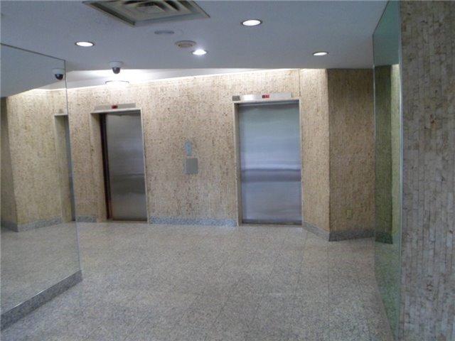 Condo Apartment at 511 The West Mall, Unit 512, Toronto, Ontario. Image 12