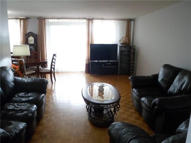 Condo Apartment at 511 The West Mall, Unit 512, Toronto, Ontario. Image 18