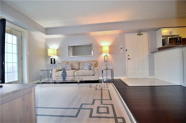 Condo Apartment at 1450 Bishops Gate, Unit 104, Oakville, Ontario. Image 6