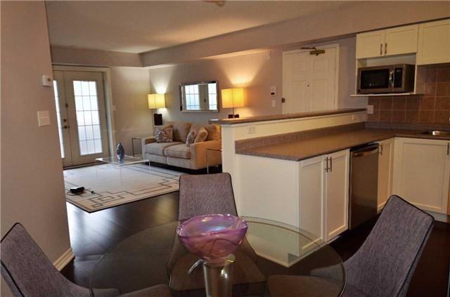 Condo Apartment at 1450 Bishops Gate, Unit 104, Oakville, Ontario. Image 8