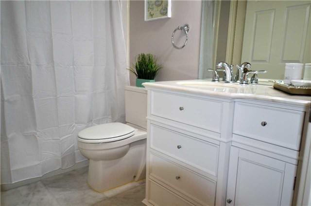 Condo Apartment at 1450 Bishops Gate, Unit 104, Oakville, Ontario. Image 11