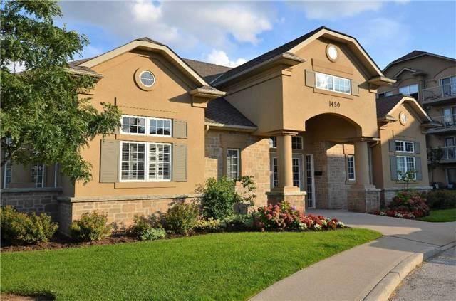 Condo Apartment at 1450 Bishops Gate, Unit 104, Oakville, Ontario. Image 2