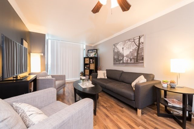 Condo Apartment at 2585 Erin Centre Blvd, Unit Ph4, Mississauga, Ontario. Image 19