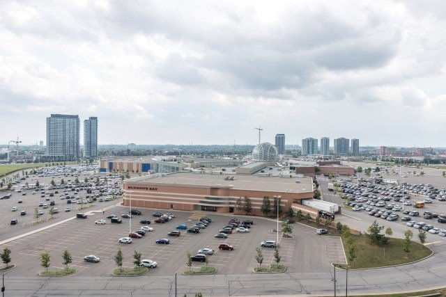 Condo Apartment at 2585 Erin Centre Blvd, Unit Ph4, Mississauga, Ontario. Image 7