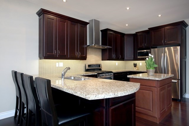 Townhouse at 2330 Wuthering Heights Way, Oakville, Ontario. Image 4