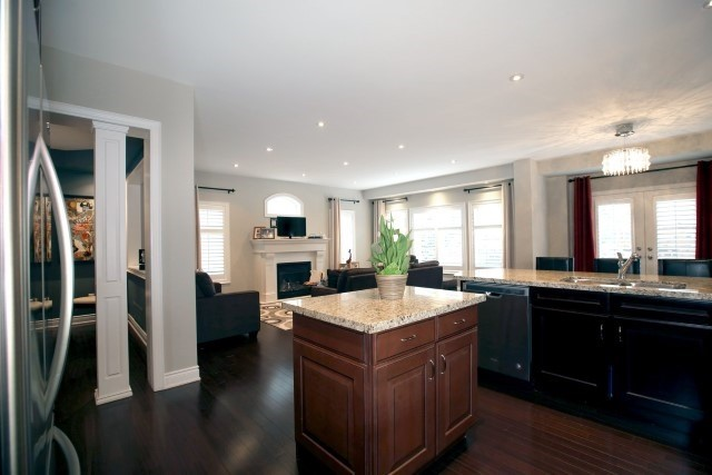Townhouse at 2330 Wuthering Heights Way, Oakville, Ontario. Image 6