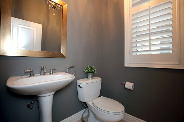 Townhouse at 2330 Wuthering Heights Way, Oakville, Ontario. Image 7