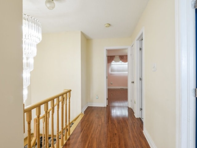Detached at 179 Wexford Rd, Brampton, Ontario. Image 4