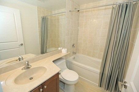 Condo Apartment at 60 Absolute Ave, Unit 3907, Mississauga, Ontario. Image 13