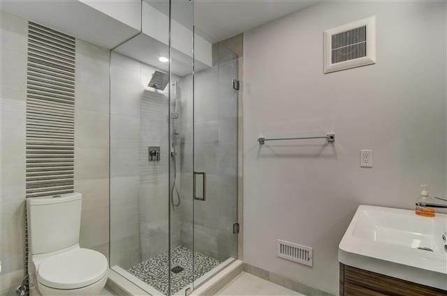 Detached at 55 Lunness Rd, Toronto, Ontario. Image 10
