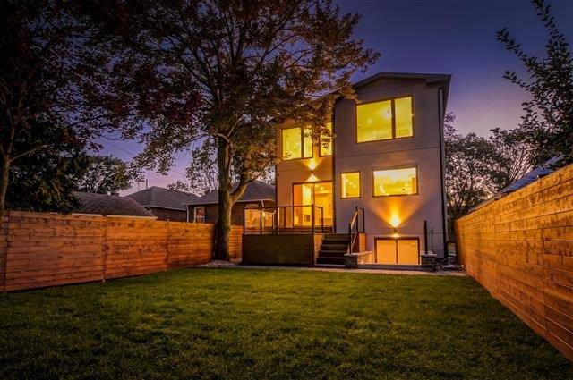 Detached at 55 Lunness Rd, Toronto, Ontario. Image 13