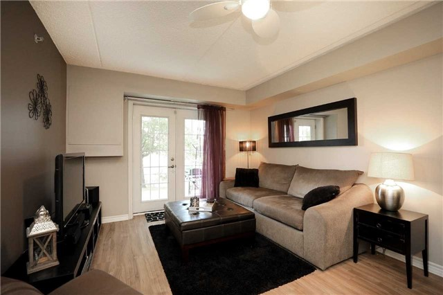 Condo Apartment at 1470 Bishops Gate, Unit 103, Oakville, Ontario. Image 12