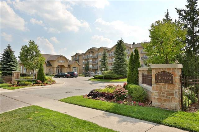 Condo Apartment at 1470 Bishops Gate, Unit 103, Oakville, Ontario. Image 6