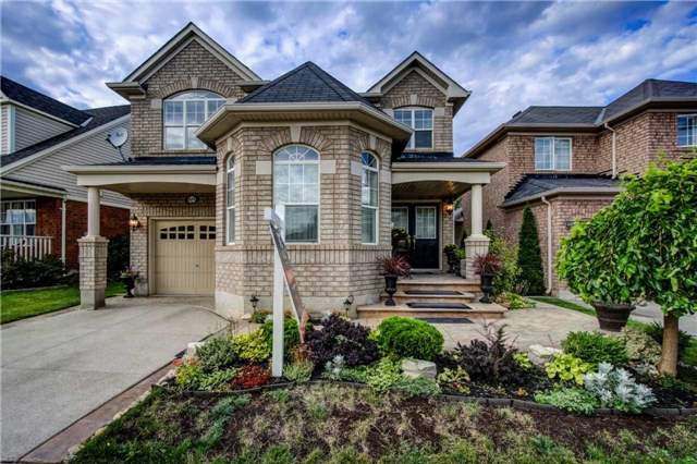 Detached at 979 Ferguson Dr, Milton, Ontario. Image 1
