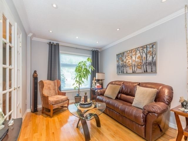 Detached at 6528 Eastridge Rd, Mississauga, Ontario. Image 13