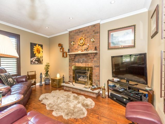 Detached at 6528 Eastridge Rd, Mississauga, Ontario. Image 14