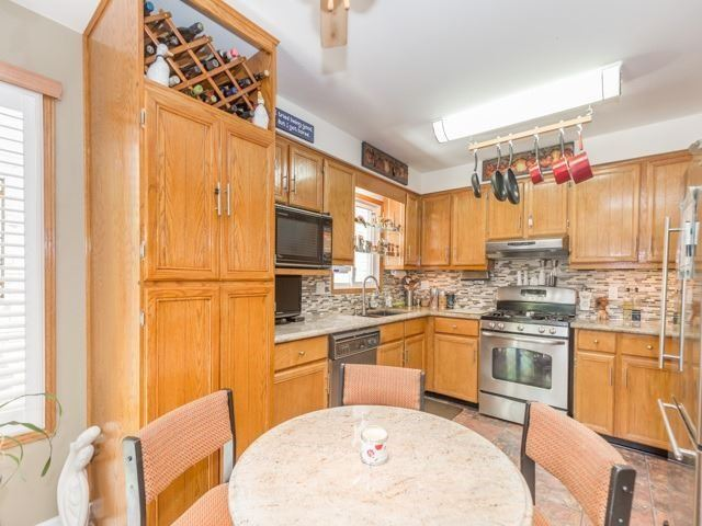 Detached at 6528 Eastridge Rd, Mississauga, Ontario. Image 16