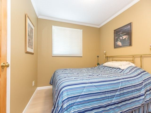 Detached at 6528 Eastridge Rd, Mississauga, Ontario. Image 3