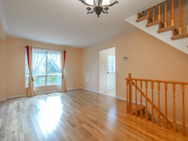 Condo Townhouse at 5865 Dalebrook Cres, Unit 36B, Mississauga, Ontario. Image 14