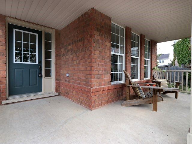 Detached at 1387 Hill St, Milton, Ontario. Image 11