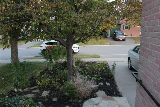Detached at 3144 Patrick Cres, Mississauga, Ontario. Image 4