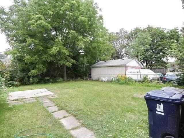 Detached at 86 Silverhill Dr, Toronto, Ontario. Image 8
