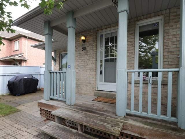 Townhouse at 58 Blue Spruce St, Brampton, Ontario. Image 12
