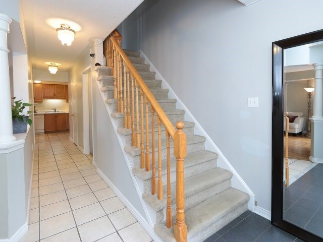 Townhouse at 58 Blue Spruce St, Brampton, Ontario. Image 2