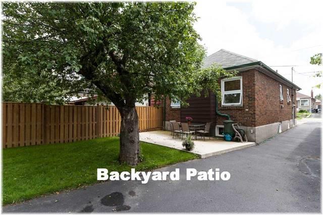 Detached at 302 Whitmore Ave, Toronto, Ontario. Image 11