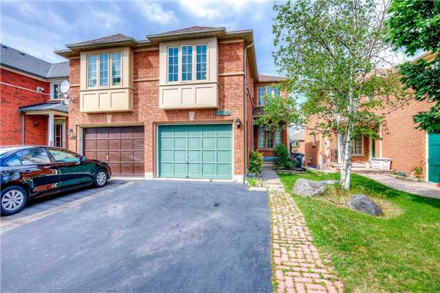 Semi-detached at 5616 Palmerston Cres, Mississauga, Ontario. Image 1