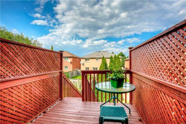 Semi-detached at 5616 Palmerston Cres, Mississauga, Ontario. Image 16