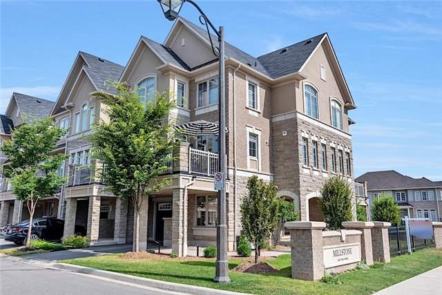 Townhouse at 2403 Greenwich Dr, Oakville, Ontario. Image 1