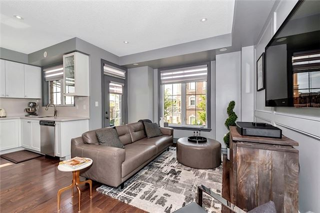Townhouse at 2403 Greenwich Dr, Oakville, Ontario. Image 16
