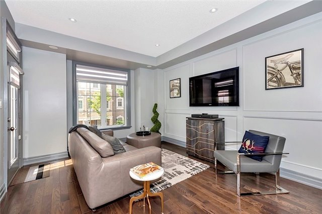 Townhouse at 2403 Greenwich Dr, Oakville, Ontario. Image 18