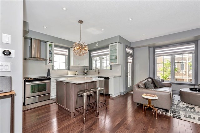 Townhouse at 2403 Greenwich Dr, Oakville, Ontario. Image 2