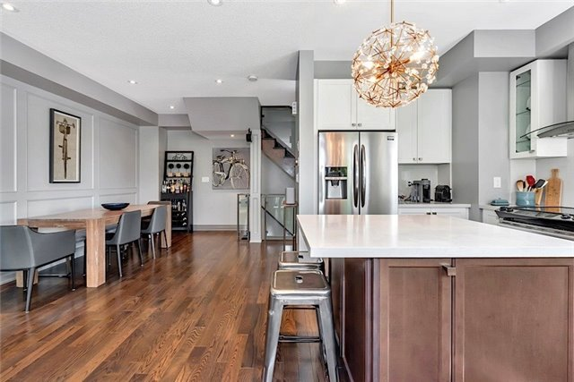 Townhouse at 2403 Greenwich Dr, Oakville, Ontario. Image 4