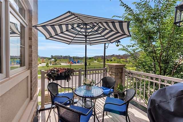 Townhouse at 2403 Greenwich Dr, Oakville, Ontario. Image 6